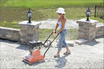 How To Lay Pavers Brick Patio Stone And Stone Pavers