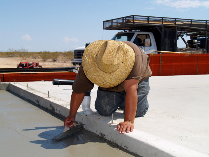 DIY Concrete Guide: how to finish concrete, concrete floats